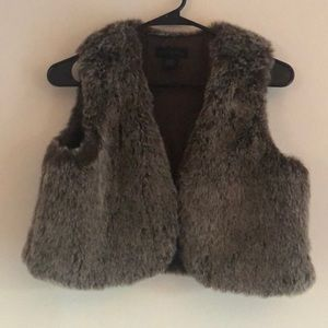 New Without Tags Steve Madden faux fur crop vest